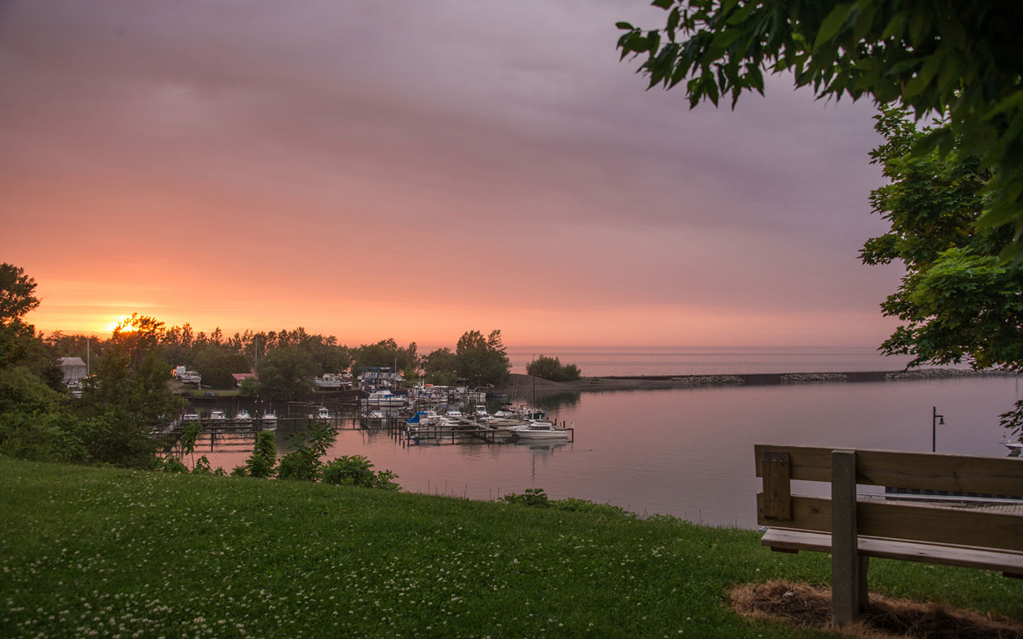 Romantic Getaways In Upstate Ny Lodging Near Erie Pa